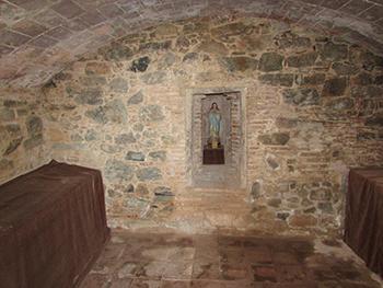 Interior de l'antic dipósit d'aigues de Bellesguard. Fotografia de l'Equip de Recerca de Bellesguard