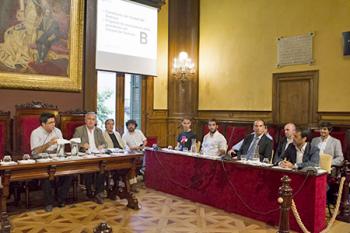 Constitució del nou Consell del Districte. Fotografia de Rosa Castells