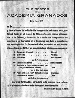 Dues pàgines del programa fet en motiu de la inauguració de la Sala Granados, el 1912. La fotografia destacada amb l'estat actual de la Sala Granados. Fotografia d'Eduard Sant