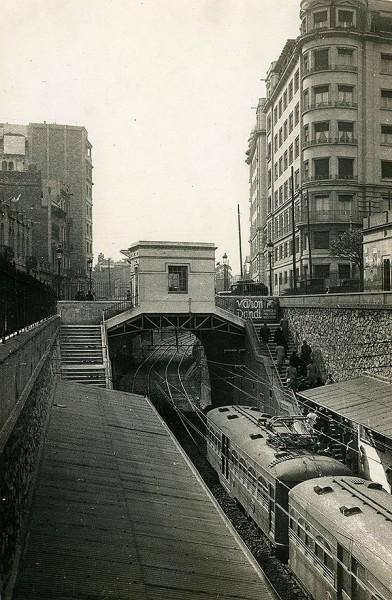 Fotografia: Joan Francés Estorch - Arxiu Fotogràfic de Barcelona (AFB)