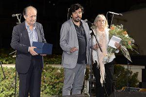 D'esquerra a dreta, Salvador Albuixec president de Barnavasi, Daniel Mòdol regidor del districte i Roser Capell. Fotografies de Javier Sardá